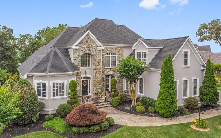 Lake Manassas Homes