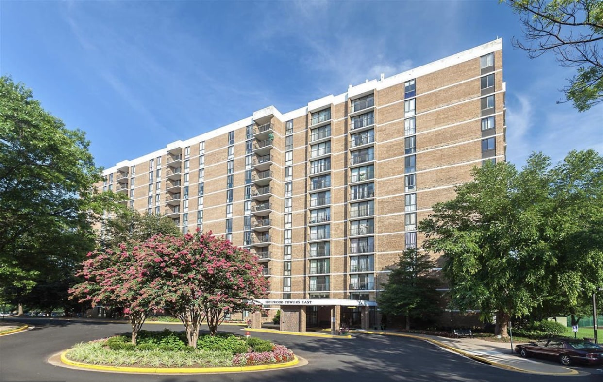 Idylwood Towers Highrise In Tysons Corner