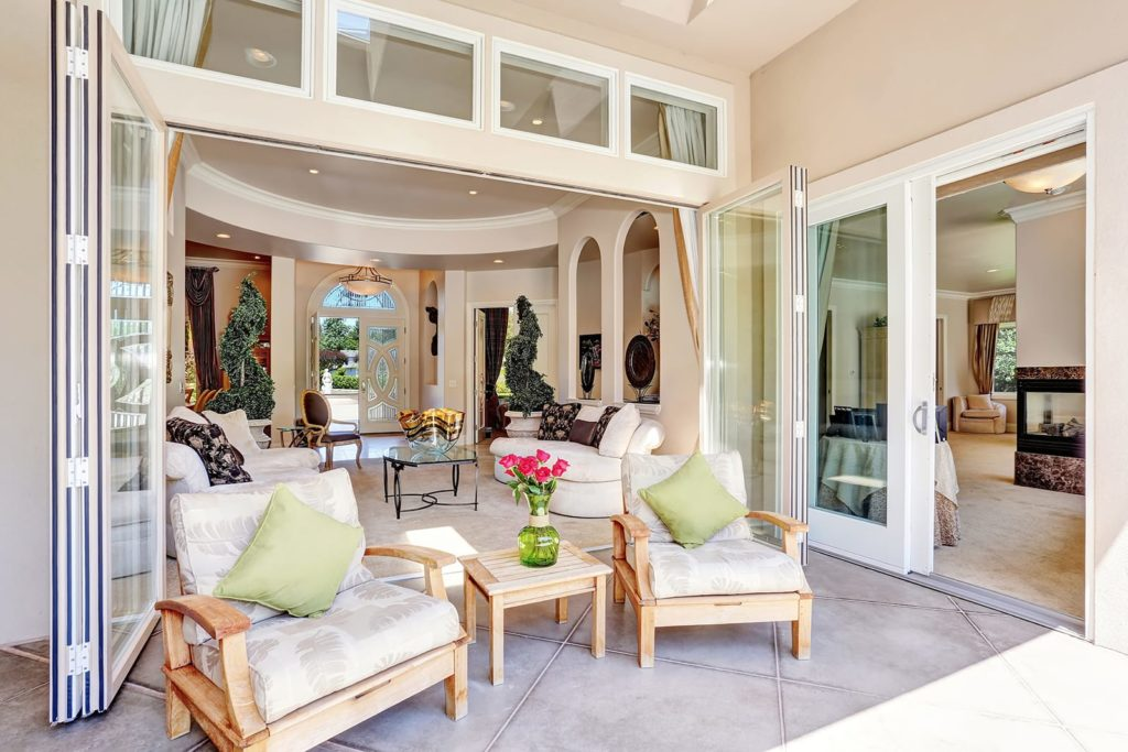 Tips on financing the luxury home
